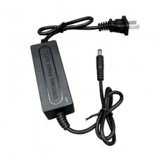 普视达PSD-K11(12V2A)监控电源小巧玲珑,细条电源适合工程用